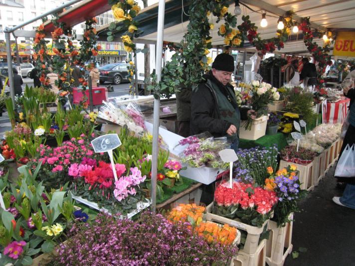 selling-flowers